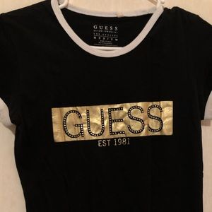 Gold printed guess t shirt